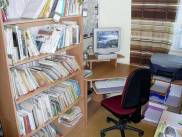 OBRÁZEK : Internet ve staré knihovně